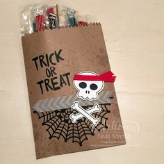 Halloween Finger Foods, Diy Halloween Treats, Halloween Scene, Halloween Cards, Holidays Halloween, Treat Bags, Stamping Up, Trick Or Treat, I Card