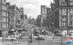1960. Damrak in Amsterdam. Photo SERC. #amsterdam #1960 #damrak