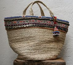 Blog da Maggie : já disse aqui que adoro cestas de praia? ficam ideias de cestas giras.