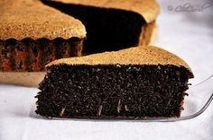 Fantastická pruhovaná torta so smotanovým syrom a kakaom! Raw Food Recipes, Snack Recipes, Dessert Recipes, Cooking Recipes, Raw Desserts, Lemon Desserts, Paleo Carrot Cake, Photo Food, Poppy Seed Cake