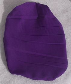 Stoma Cover made of Softtouch Crepe Very light and I don´t feel the fabric while wearing Colour: Cadbury Purple Material: Polyester I wear this covers with Coloplast SenSura Mio 1 Piece trainable and closed. Purple, Cover, Fabric, How To Wear, Fashion, Tejido, Moda, Tela, Fashion Styles