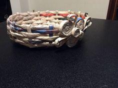 http://pinterest.com/marisaanselmi/i-miei-lavori/cestino con cannucce di carta fi giornale