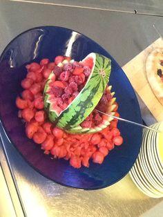 Melonia ja vadelmia