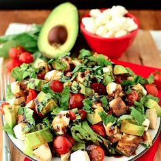 Avocado And Chicken Caprese Salad.  After all the garbage I've been eating, salad sounds more delic than ever.