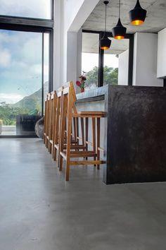 Cemcrete's CreteCote cement floor application by CEMTECH