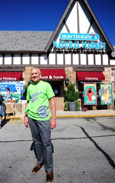 Dale Reece, owner Martindale's, hosting Non-GMO March 2011
