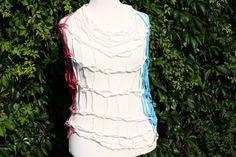 Loop als Strandmode,   pink,  weiß,  türkis by trixies, #Loop #Wickelschal #Textilgarn #Strandmode  Hier ein Exemplar aus der Kollektion Loopmania aus der Gruppe ...