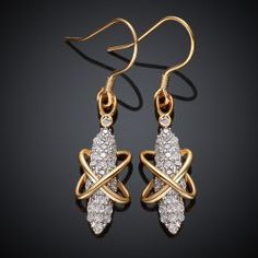 SHARE & Get it FREE | Pair of Stylish Women's Rhinestone Embellished Crossed EarringsFor Fashion Lovers only:80,000+ Items • FREE SHIPPING Join Nastydress: Get YOUR $50 NOW!