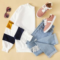 Simple is better. Teen Fashion Outfits, Hijab Fashion, Trendy Outfits, Trendy Fashion, Girl Outfits, Cute Outfits, Womens Fashion, Fashion Fashion, Kinds Of Clothes