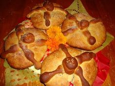 Receta de pan de muerto, tradición mexicana.