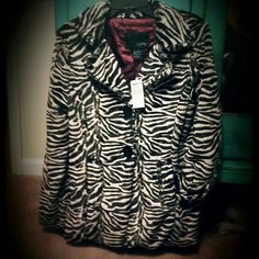 Daytrip fur like coat rREDUCED It's small fur like nwt super cute Daytrip Jackets & Coats