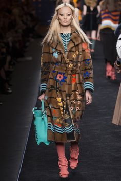 Fendi Fall 2016 Ready-to-Wear Fashion Show
