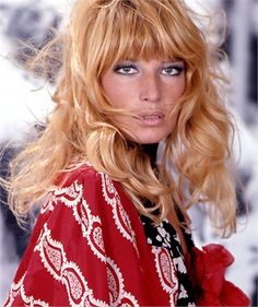 "The essence of the Italian beauty, the ""Meravigliosa"" actress Monica Vitti in the 60's."