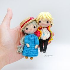Amazing Howl and Sophie crochet dolls! Amazing Howl and Sophie crochet dolls! Crochet Projects To Sell, Crochet Crafts, Crochet Dolls, Yarn Crafts, Knitting Projects, Sewing Crafts, Amigurumi Patterns, Amigurumi Doll, Arts And Crafts