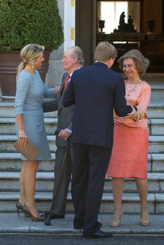 MYROYALS & HOLLYWOOD FASHİON -King Willem-Alexander and Queen Maxima  visited King Juan Carlos and Queen Sofia  at Zarzuela palace .Prince Felipe, Princess Letizia and  İnfatanta Elena attended the lunch.