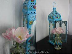 Photophore bleu turquoise au petite fleur peintre