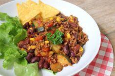 Mexicaanse chili con carne met mais en courgette