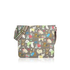 The cute Grey Mixed Dog Canvas Bag has a pretty design which has a range of different dog breeds wearing a variety of colourful jumpers, bow ties and bows.   Size approx: 38cm x 32cm x 12cm  http://www.lancashiredogcompany.com/for-you/bags/mixed-dog-canvas-bag-grey.html