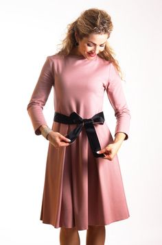 Casual autumn dress with pockets midi dress pink skater dress long sleeve dress fit and flare dress office dress autumn dress elegant dress