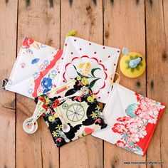 Handmade Gifts 2014- Easy Vintage Tablecloth Fabric Handmade Hot Pads