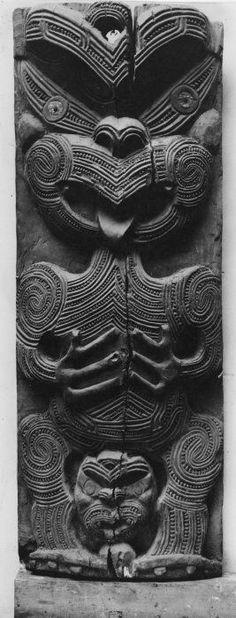 Polynesian People, Tiki Tiki, Nz Art, Wood Carving Designs, Maori Art, Bone Carving, Art Portfolio, Tribal Art, Visual Arts