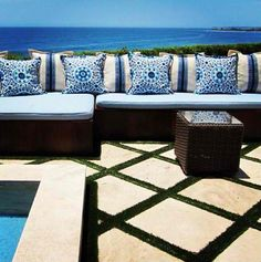 Great patio stone pattern Yolanda Foster home Outdoor Rooms, Outdoor Living, Outdoor Decor, Outdoor Fire, Yolanda Foster Home, Fresco, Foster House, Interior And Exterior, Interior Design