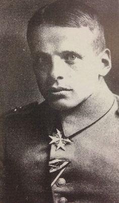 ✠ Oswald Boelcke (19 May 1891 – 28 October 1916)