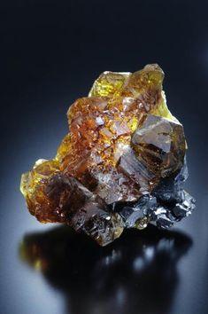 Sphalerite on Galena - Las Manforas Mine, Camaleño, Cantabria, Spain Size: 8 x 5 cm