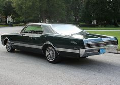 1966 Oldsmobile Starfire Coupe