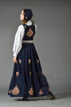 Dovrebunad Folk Clothing, Norway, High Waisted Skirt, Costumes, Embroidery, Skirts, Clothes, Dresses, Fashion