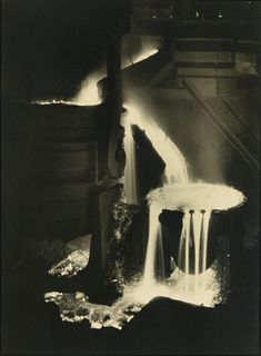 margaret bourke white Fort Peck Dam, Clarence White, Margaret Bourke White, Steel Companies, Alfred Stieglitz, Whitney Museum, Documentary Photographers, White Image, Life Magazine