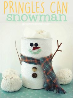 Pringles Can Snowman {tutorial} (Ginger Snap Crafts) Snowman Globe Craft, Globe Crafts, Diy Snowman, Snowmen, Snow Crafts, Holiday Crafts, Crafts To Make, Crafts For Kids, Diy Crafts