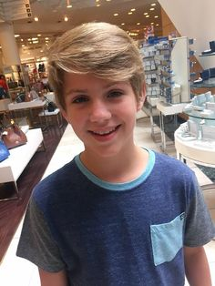 Omg he is in the mall that close by my house jk he in Atlana I'm in Cali