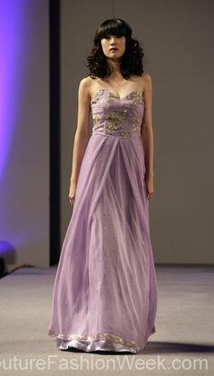 #kjole #moteuke #couture #stil #AndresAquino #design #kvinne #model #vakker #romantisk #mote