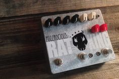 The idea behind this monster is to kick pedals off of your board! This is three pedals in one: a Rat Tail, a second Rat Tail (through the 2nd distortion setting), and a momentary feedback loop. The middle footswitch lets you jump between 2 distortion settings and it has an LED indicator so you know the 2nd setting is active. The momentary feedback loop is adjustable. The diode knob blends between LEDs and silicon diodes AND you can use the toggle bypass the diodes. The double resistor mod…