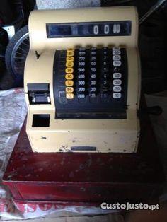 Maquina registadora antiga na Guarda