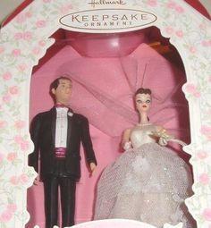 "1997 HALLMARK ""BARBIE AND KEN - BRIDE & GROOM"" WEDDING DAY KEEPSAKE ORNAMENT NIB"