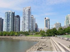 Yaletown Landing - David Lam Park Vancouver Vacation, San Francisco Skyline, Landing, New York Skyline, David, Park, Travel, Viajes, Parks