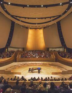 Stanford University, Bing Concert Hall © Jeff Goldberg/Esto