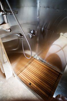 1954 Airstream Safari. Stainless Steel Shower.
