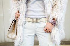 All white, Hermes belt