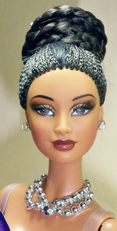 Love the hair! http://www.pinterest.com/sheilaspins888/dollz-of-colordistinction/