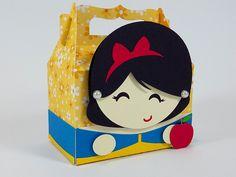 Linda caixinha Branca de Neve para decorar e encantar a sua festinha. Ideal para lembrancinha de festinha no tema Branca de Neve. Festa Princesas Disney.