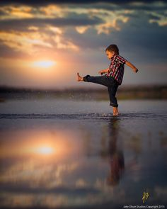 Splash by Jake Olson Studios