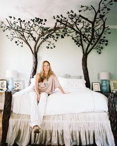 Eclectic Bedroom Photo - Lonny   Love this!