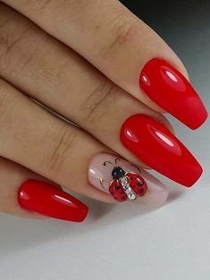If you are seeking the latest trends of red nail art designs to show off right now then you are really at the right place. See here and find some of the best choices of red nail images and designs that we have especially posted for you to try in year Red Nail Art, Red Nail Polish, Red Nails, Beautiful Nail Polish, Beautiful Nail Designs, Cute Nails, Pretty Nails, Nagellack Trends, Red Nail Designs