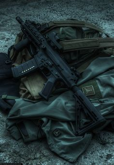 neuromaencer:  VFC Robinson Armament XCR AEG by =Drake-UK
