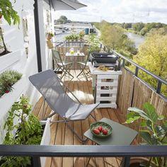 Salons et meubles de balcon: notre shopping malin - Marie Claire Outdoor Furniture Sets, Outdoor Decor, Home And Deco, Sun Lounger, Marie Claire, Exterior, Patio, Home Decor, Shopping
