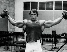 The Complete Arnold: Delts | FLEX Online
