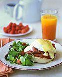 Eggs Benedict - Martha Stewart Recipes I love hollandaise sauce!!!! Yummmmmyyyyyyyy!!!!